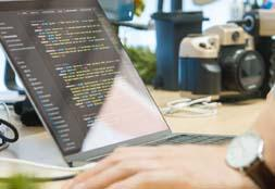 Offshore vs Onshore Software Development: Which One Is Better?